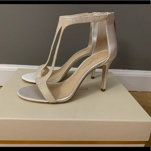 Vince Camuto imagine collection T-strap heel